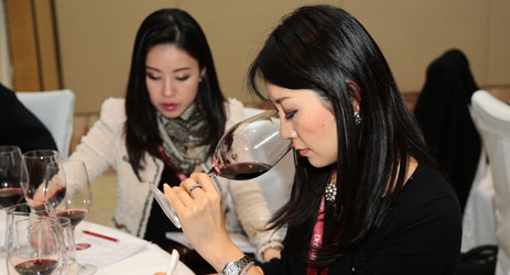 Image: Chinese wine lovers at 2014 Decanter Shanghai Fine Wine Encounter