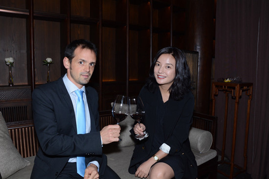 Zhao Wei's private tasting with winemaker Jean de Cournuaud