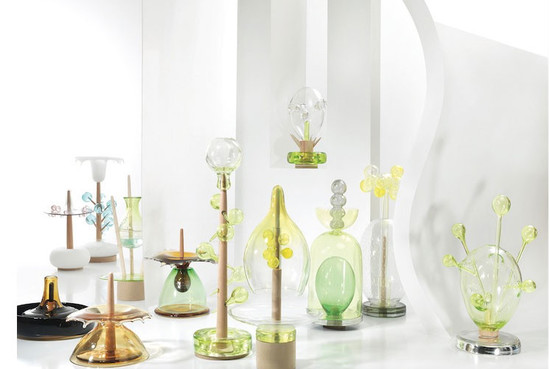 glass representations by Hubert Le Gall