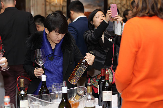 Image: Chinese wine consumers at Decanter Shanghai Fine Wine Encounter