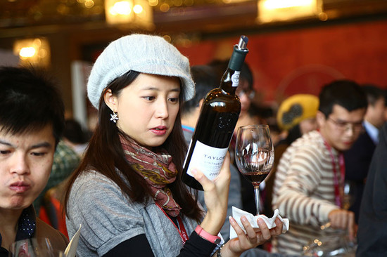 Image: Young taster at 2015 Decanter Shanghai Fine Wine Encounter