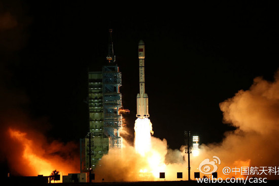 Image: the Launch of Long March FT2 carrier rocket and Tiangong 2, credit China Manned Space Program