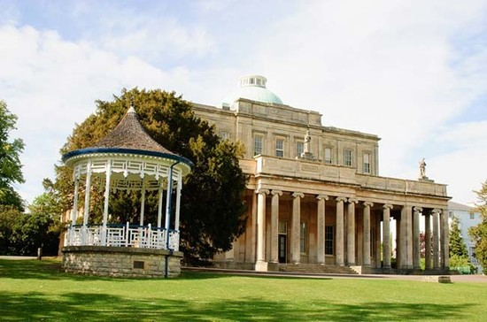Pittville Pump Room, the setting for Cheltenham Wine Festival. Credit: cheltenhamtownhall.org.uk
