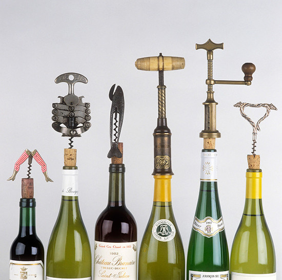 how to take a cork out of a wine bottle