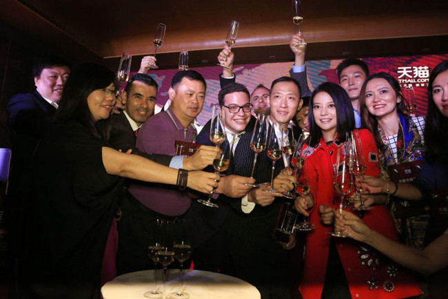 Actress Zhao Wei launches Bordeaux wine brand