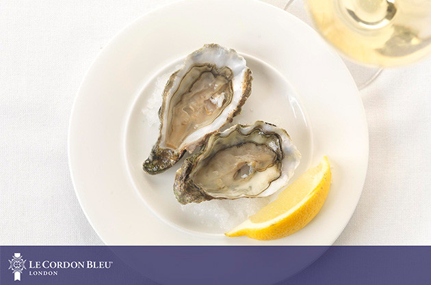 Matching wine with oysters – Le Cordon Bleu