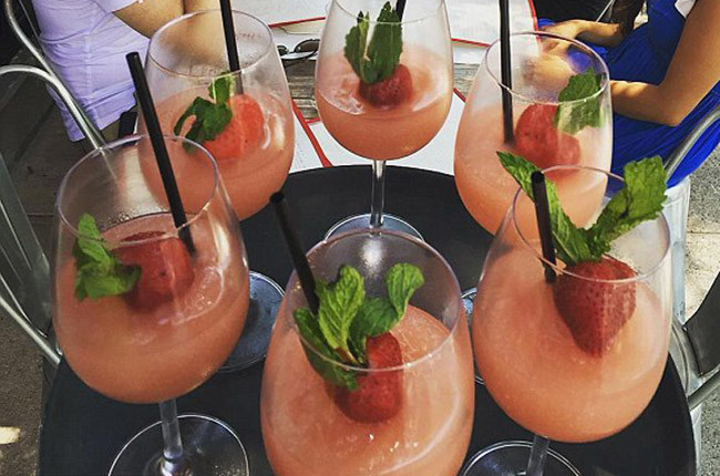 The latest summer wine trend: 'Frosé' cocktail